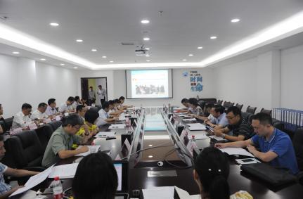 重庆市大学生创业示范基地验收专家组来我院进行验收评审