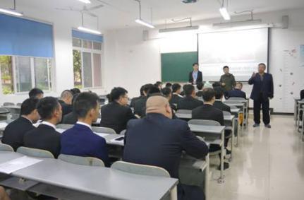 我院举办2019届毕业生重庆轨道交通集团校园招聘会