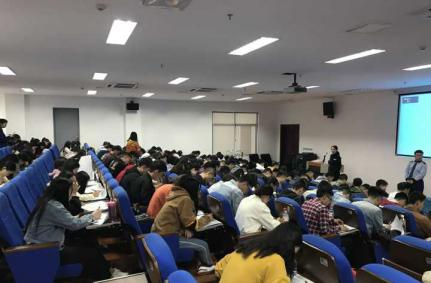 重庆运输职院88名应届毕业生到贵阳轨道跟岗实习